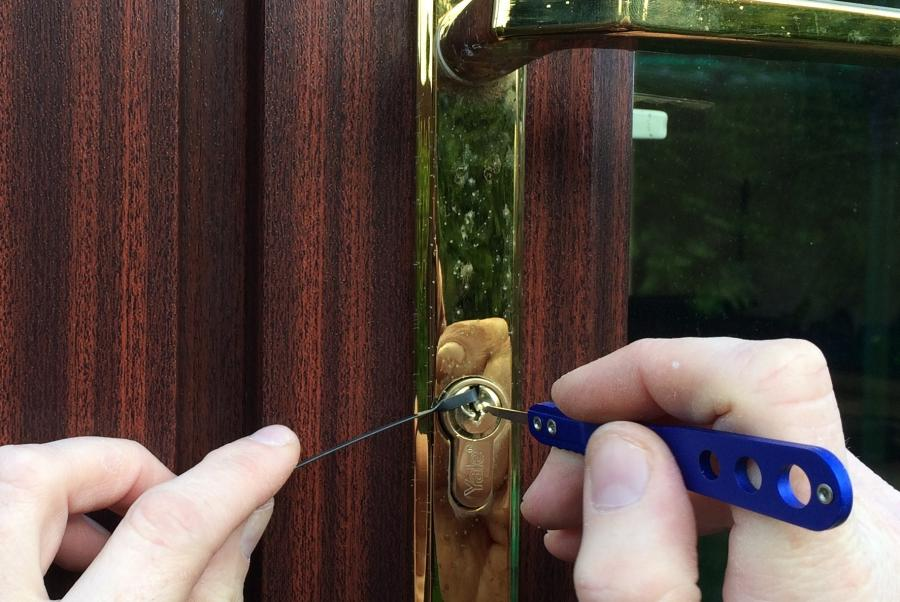 Finding a genuine 24 Hour Emergency Locksmith in Nottingham, Derby and Surrounding Areas