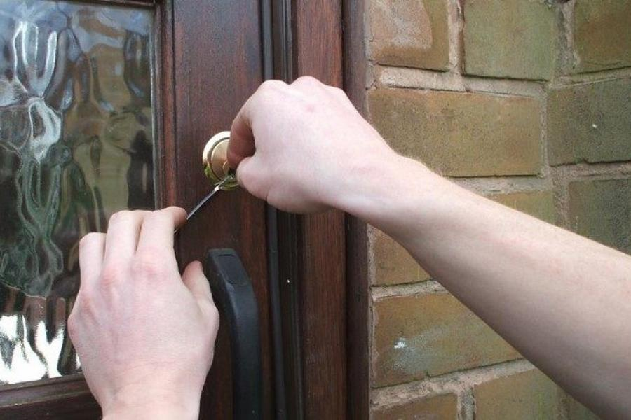 Can a locksmith still pick a modern so called high security lock?