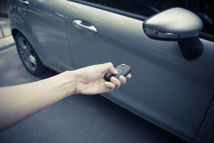 The Main Dealers That Are Ripping Offing Customers With Replacement Car Key Prices